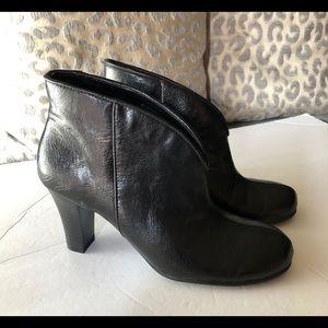 Aerosol boots / size 7